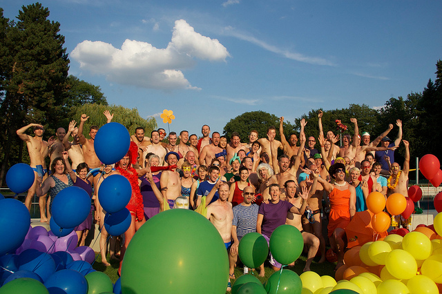 rainbow swim club